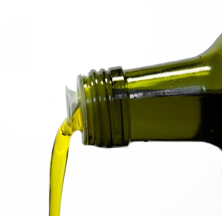 ¿Quieres bajar el colesterol tras los excesos de la Navidad? Consume aceite de oliva virgen extra