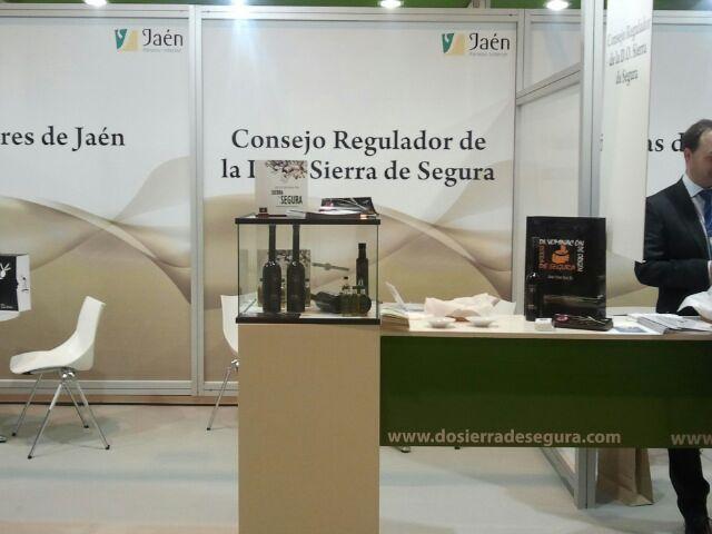 """La DO """"Sierra de Segura"""" promociona sus aceites de calidad en el Salón Gourmet de Madrid"""