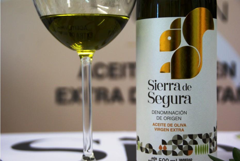 La Denominación de Origen Sierra de Segura presenta sus mejores aceites en un show cooking en el Salón de Gourmets