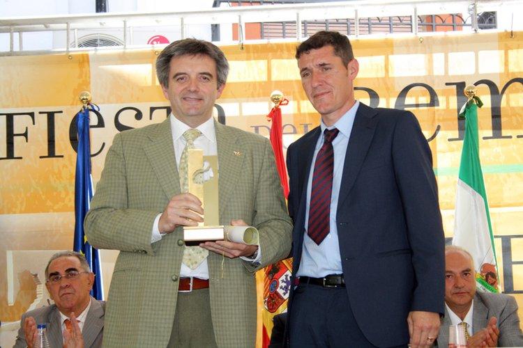 """El CRDOP """"Sierra de Segura"""" concede el Premio Embajador de la Ardilla a José Vico"""
