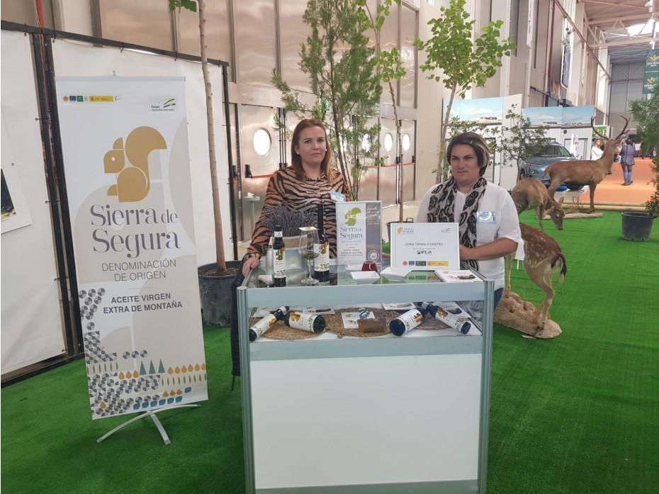 La Denominación de Origen Sierra de Segura se promociona en la Feria de Turismo Tierra Adentro